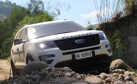 Trai nghiem lai loat SUV cua Ford o Philippines - Anh 3
