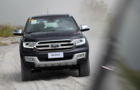 Trai nghiem lai loat SUV cua Ford o Philippines - Anh 9