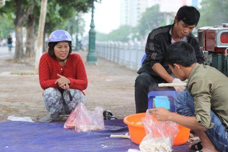 Bong gao 'khuynh dao' via he Ha Noi ngay dau dong - Anh 9