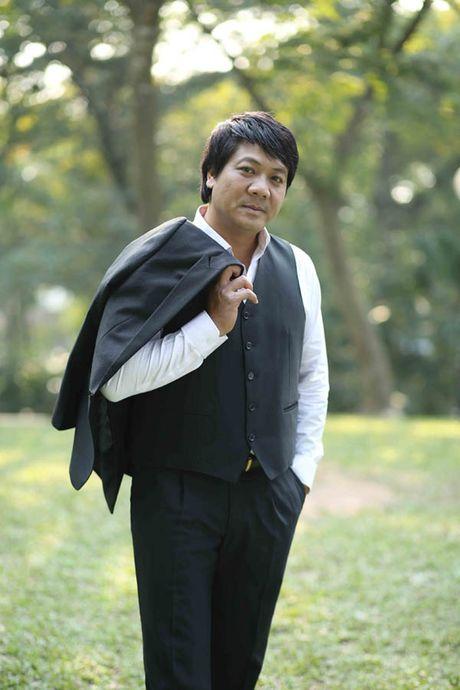 Khanh Linh khoc ke ve qua khu khong ai nhan lam hoc tro - Anh 2