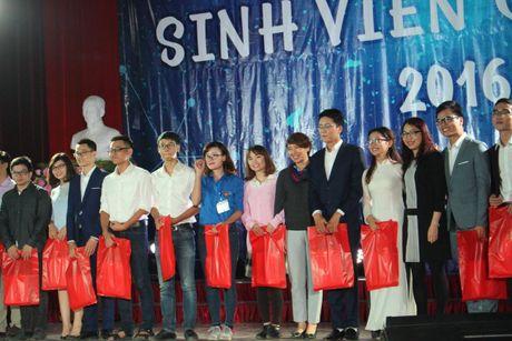 Guong mat xuat sac nam 2016 cua sinh vien Dai hoc Y Ha Noi - Anh 8