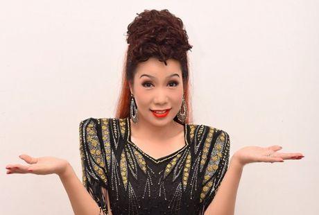 Trinh Kim Chi thanh ba trum chan dai trong 'Hoa hau ao lang' - Anh 1