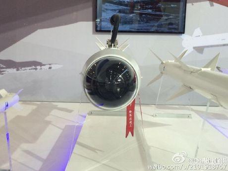 Trung Quoc khoe ten lua khong doi khong PL-10E hien dai nhat - Anh 2