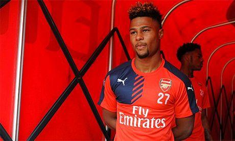 Arsenal bi che dieu sau tran thang dam cua tuyen Duc - Anh 2