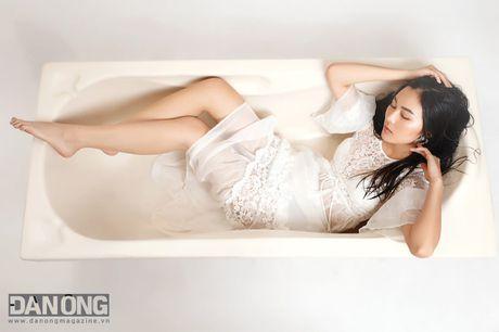 Helly Tong: 'Hanh phuc la biet can bang moi thu' - Anh 1