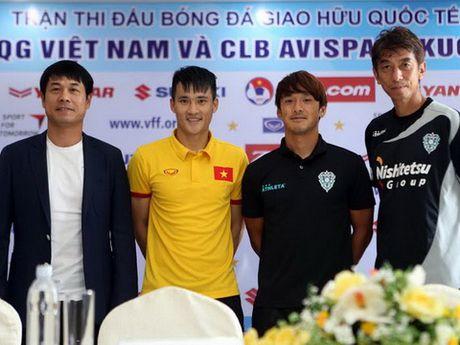Cuu tuyen thu Trieu Quang Ha: 'Doi tuyen Viet Nam van dang giau bai' - Anh 1
