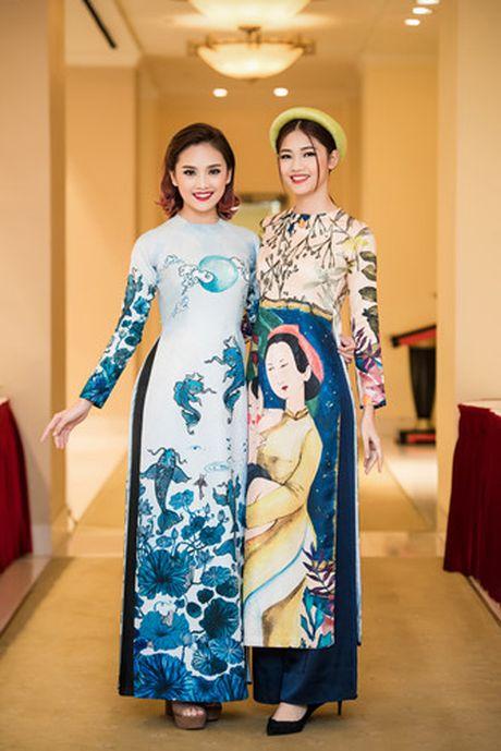 A hau Thanh Tu khoe ve dep co dien voi ao dai cach tan - Anh 8