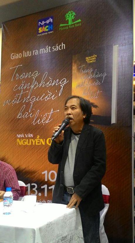 Nha tho Nguyen Quang Thieu ra mat sach moi - Anh 1