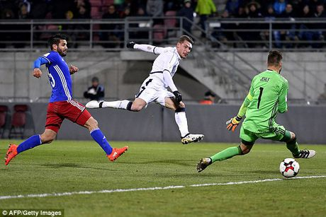 Liechtenstein 0-4 Italy: Sao la toa sang - Anh 2