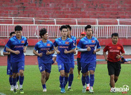 Cong Phuong luyen bai tu truoc khi len duong tham du AFF Cup 2016 - Anh 1