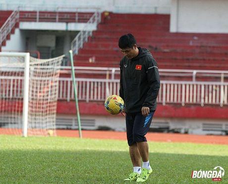 Cong Phuong luyen bai tu truoc khi len duong tham du AFF Cup 2016 - Anh 7