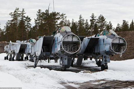Tiec ngan ngo dan tiem kich MiG-31 bi vut bo - Anh 1