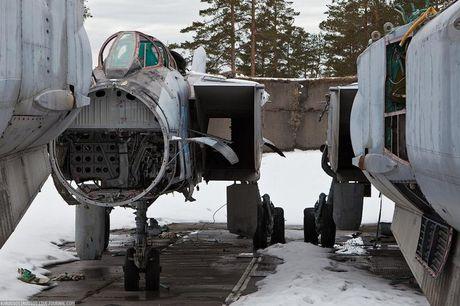 Tiec ngan ngo dan tiem kich MiG-31 bi vut bo - Anh 2