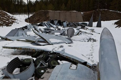 Tiec ngan ngo dan tiem kich MiG-31 bi vut bo - Anh 6
