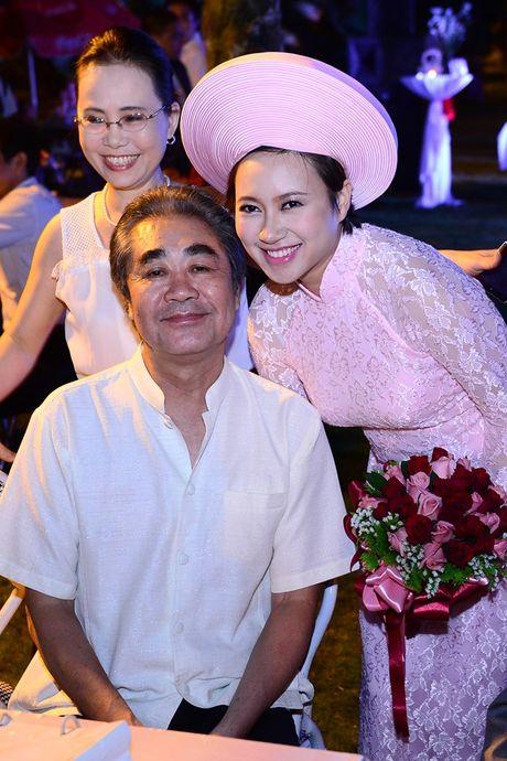 Khanh Linh roi nuoc mat chia se ve nguoi thay vi dai - Anh 2