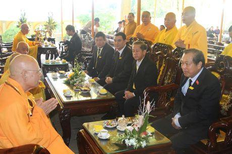Pho Thu tuong Truong Hoa Binh vieng Hoa thuong Thich Chon Thien - Anh 3