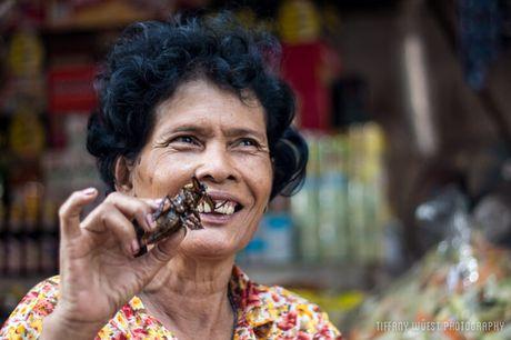 Noi da ga voi mon an kinh di nhat Campuchia - Anh 5