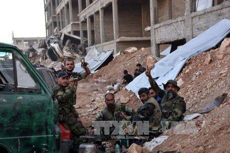 Syria gianh lai 2 khu vuc chu chot o Aleppo - Anh 1