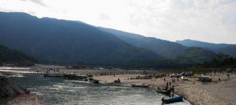 Myanmar quyet so phan du an xay dap cua Trung Quoc - Anh 1