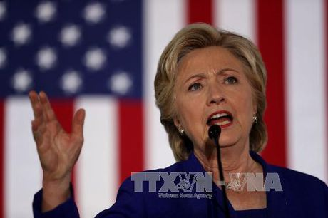 Ba Clinton chi trich Giam doc FBI sau tranh cu tong thong that bai - Anh 1