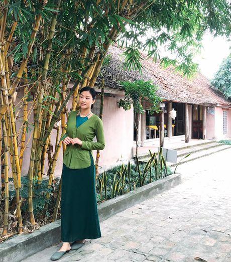 Sao Viet 13/11: Ha Ho bop vai cho con, Toc Tien lam toc giong... cun - Anh 4
