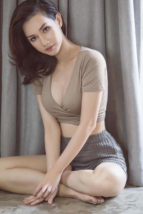 Sao Viet 13/11: Ha Ho bop vai cho con, Toc Tien lam toc giong... cun - Anh 7