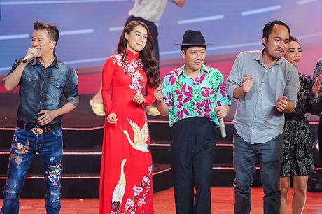 Nha Phuong bat ngo xuat hien va hat cung Truong Giang trong liveshow 'Chang he xu Quang 2 – Ve que' - Anh 12
