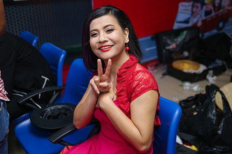 Nha Phuong bat ngo xuat hien va hat cung Truong Giang trong liveshow 'Chang he xu Quang 2 – Ve que' - Anh 13