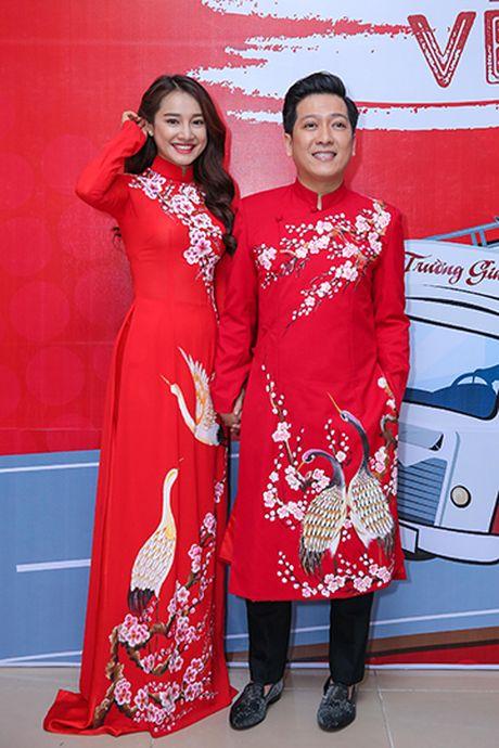 Nha Phuong bat ngo xuat hien va hat cung Truong Giang trong liveshow 'Chang he xu Quang 2 – Ve que' - Anh 1