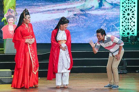 Nha Phuong bat ngo xuat hien va hat cung Truong Giang trong liveshow 'Chang he xu Quang 2 – Ve que' - Anh 3