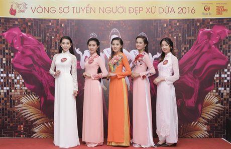Hang tram thi sinh du vong so khao cuoc thi 'Nguoi dep xu Dua' - Anh 3