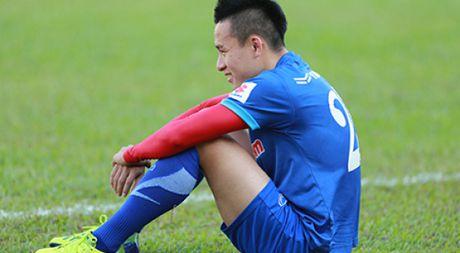 Nong: Danh sach 25 tuyen thu Viet Nam len duong du AFF Cup - Anh 1