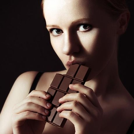 Muon tre lau va co than hinh nhu nguoi mau, phai an... chocolate - Anh 2