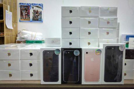 Diem nhan cong nghe tuan: iPhone 7 chinh hang ban ra tai Viet Nam - Anh 1