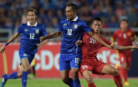 Chan sut so 1 DT Thai Lan quyet vo dich AFF Cup sau 4 lan lo hen - Anh 1