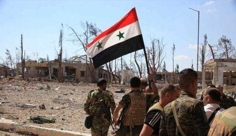 De bep tuyen phong thu, quan doi Syria chiem cu diem then chot o Aleppo - Anh 1