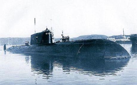 Vi sao phuong Tay lan la gan tau ngam dam K-278 cua Nga? - Anh 1