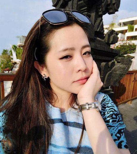Cuoc song sang chanh dung chat thien kim tieu thu cua em gai Ong Cao Thang - Anh 9