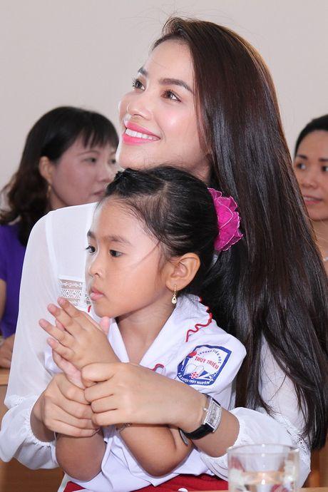 Nhung khoanh khac roi le cua Pham Huong - Anh 8