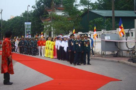 Quang Ninh: Hang van nguoi tham gia Dai le cau sieu cac nan nhan tu vong vi tai nan giao thong - Anh 6