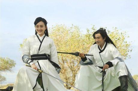Luu Khai Uy ngoai tinh: Bi kich sau hon nhan hay chi la mot man kich lon? - Anh 1