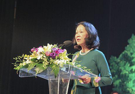 'Chung toi khong quen, du cac ban khong co mat o day' - Anh 1