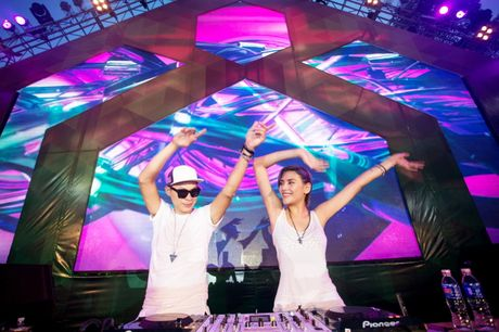 Le hoi am nhac top 10 DJ the gioi va sao Viet  - Anh 2