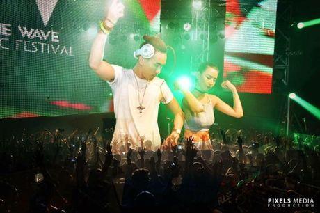 Le hoi am nhac top 10 DJ the gioi va sao Viet  - Anh 3
