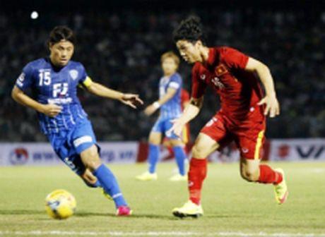 Doi tuyen Viet Nam hoa doi Avispa Fukuoka cua Nhat Ban 0-0 - Anh 1