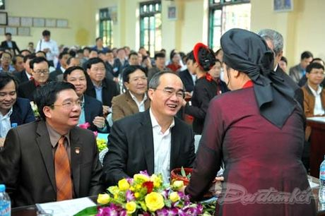 Tong Bi thu, Chu tich Mat tran du Ngay hoi dai doan ket tai thon Phat Tich - Anh 12