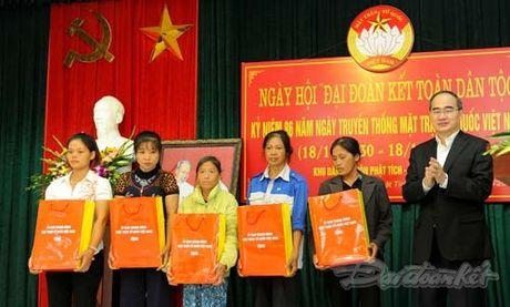Tong Bi thu, Chu tich Mat tran du Ngay hoi dai doan ket tai thon Phat Tich - Anh 18