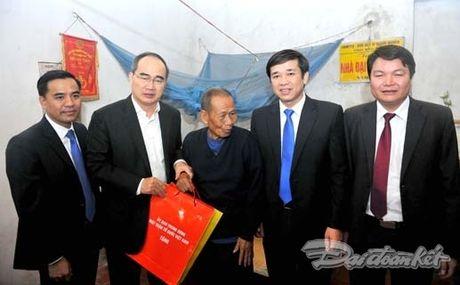 Tong Bi thu, Chu tich Mat tran du Ngay hoi dai doan ket tai thon Phat Tich - Anh 3