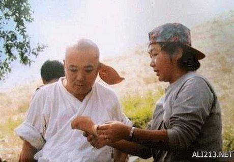 Canh eo le kho noi cua e-kip 'Tay du ky 1986' - Anh 8