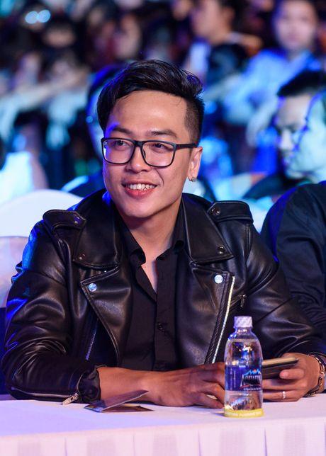 Sao Viet gian di den xem live show Noo Phuoc Thinh - Anh 10